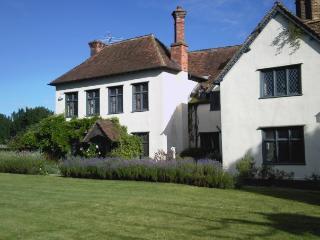 Stonehenge, Avebury, Salisbury, Bath, Market Lavington