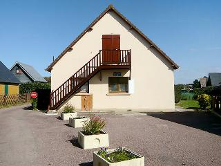 2 bedroom Apartment in Le Home-sur-Mer, Normandy, France : ref 5046558