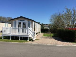 Prestige Mobile Home On A 5* Haven Holiday Park, Poole