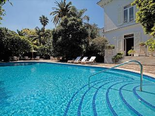 SO214-Unforgettable stay in Sorrento! Luxury Villa, Sant'Agnello