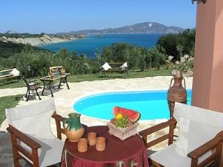 Romantic Villas with sea view private pool!, Limni Keri