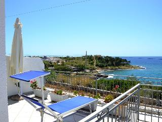 GOLFO nice apartment sea view, Marina San Gregorio