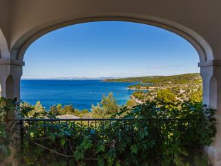 """Stunning villa """"Carl"""", Sutivan"""