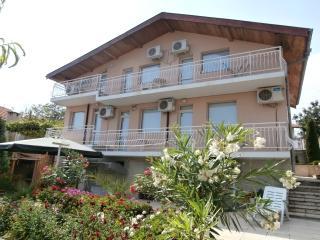 Villa Karina, Balchik