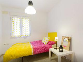 Nice room in Triana, Seville