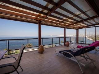 Luxury Apartment in Palio Faliro