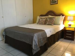 Montego Bay Studio-Montego Freeport