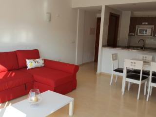BOSSA BEACH APARTMENT, Playa d'en Bossa