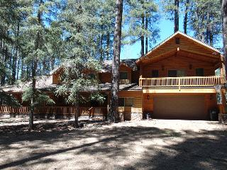 Beutiful Log Home on the Fairway, Pinetop-Lakeside