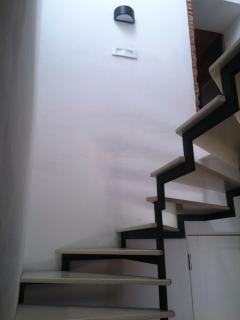 La scala che porta alle camere