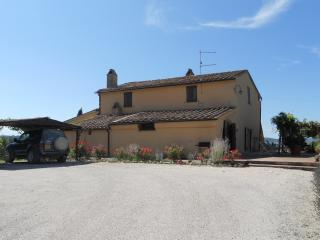 Old farmhouse in the Val d'Orcia, Sarteano