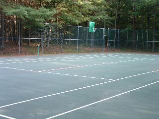 PRIVATE TENNIS COURT ON 3 ACRES OF WOODS WITH BASKETBALL