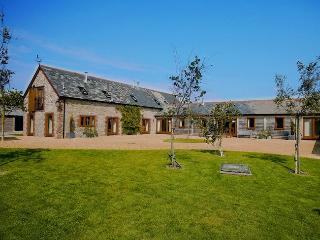 FOLOW Barn in Sherborne, Stalbridge