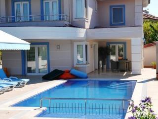 Villa Rota 2