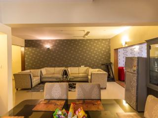 Service Apartment with Car n Driver, Bangalore