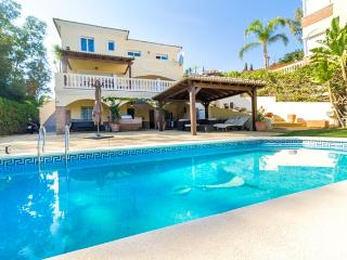 Stunning 5 Bedroom Villa in Secluded Location, Fuengirola