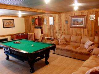 Peaceful Country Cottage with Game Room, Beattyville