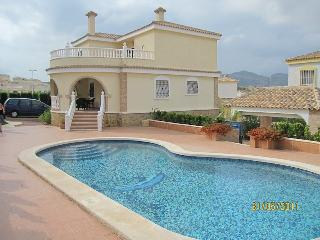 5 Bedroom house with private pool, Monforte del Cid