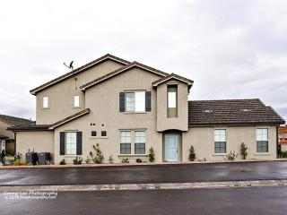 Pet Friendly ~ Brand New 3 bedroom All Masters Suites