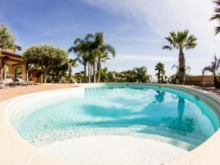 Suite Apartment Francesco | Etna view |Panoramic pool |Countryside|SUNTRIPSICILY