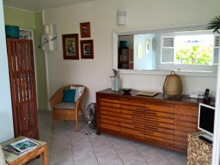 Cosy apartment for 2 near the Caravelle beach, Sainte-Anne