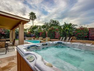 Scottsdale Stays-Desert Tierra   ❤️ Pool, Spa,Pool Table,Mini Golf & Boccie