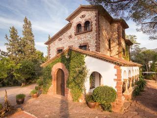 Preciosa Villa de Lujo junto a Barcelona - Piscina, Castellvi de Rosanes