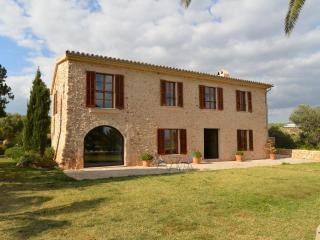 Luxusfinca Puntorrio - Luxury villa for 12 persons with view over Palma's picturesque bay, Algaida