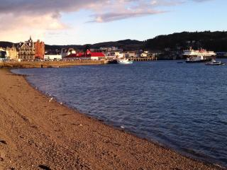 Westbay Seafront Apartment, Oban