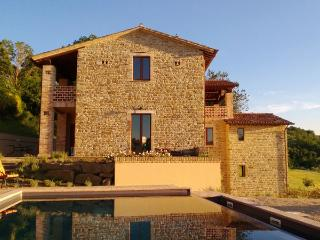 Spacious Villa in Umbrian Truffle Country, Fratticiola Selvatica