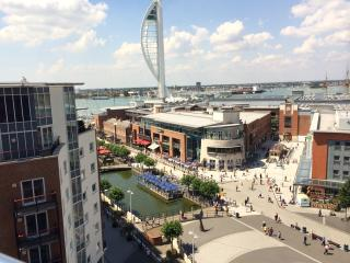 Top floor luxury Gunwharf Quays Seaview Balcony, Portsmouth