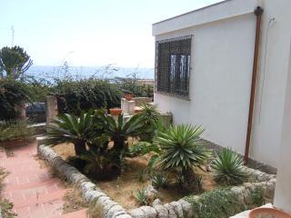 Villa Tares a 10 metri dal mare
