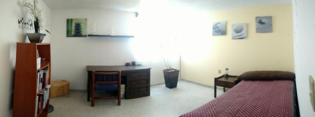 Hermosa y Cómoda habitación para viajeros. No encontrarás una mejor ubicación!!