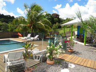 Belle Villa F3 avec piscine au cœur de l'île, Ducos