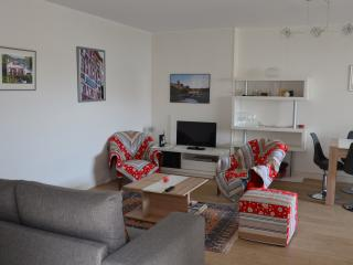 APPT 69M2,4/6P,WIFI ET PARKING,10mn a pied centre