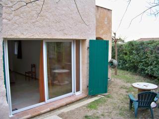 Loft meublé indépendant en rez de villa, Draguignan