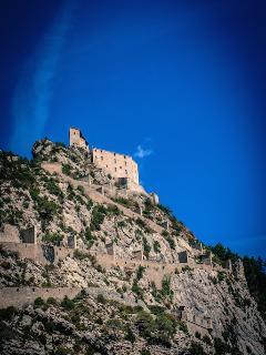 Partez découvrir la citadelle et visitez ses cachots!