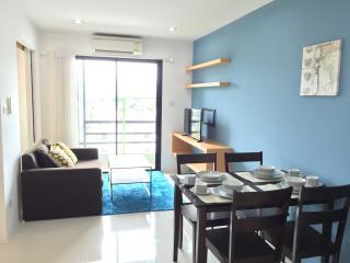 Cozy stay near Kathu Golf w/wifi, gym, pool 206, Patong