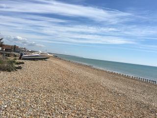 Pevensey Bay - beach front holiday rental home