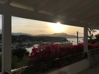 Almyrida apartment 6 pers100m de la plage, vue mer