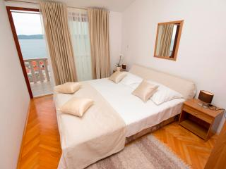 Lovely apartment for 2+2 persons with seaview