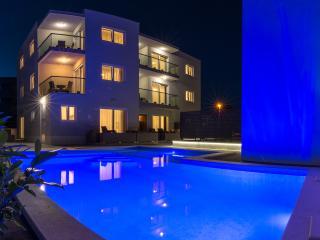 S4 Apartment Petra, Trogir