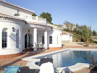 Holiday Villa El Ancla, Andalusia, Costa del Sol, Sayalonga