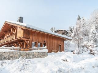 Chalet Ambregales under a heavy blanket of snow