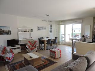 APPT 69M2,4/6P,WIFI ET PARKING,10mn à pied centre, Biarritz