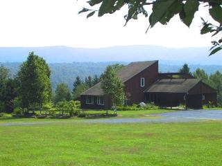 Beautiful Vermont Estate 5mi from Burke Mountain, Newark