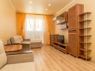 СУТКИ и ЧАСЫ Однокомнатная квартира в центре, Krasnodar