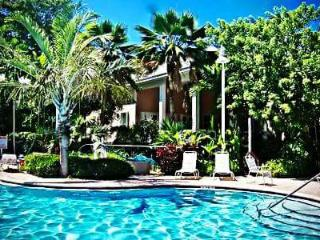 Great Family Vacation Home, Key West