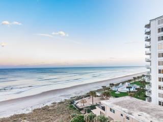 Luxury Oceanfront, Keyless Entry, Gated Parking