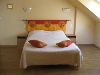 chambres d'hôtes dans un lieu dit tranquille, Roz-Landrieux